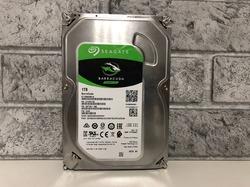 Жесткий диск 1 ТБ  Seagate 7200 BarraCuda [ST1000DM010]